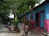 26. Patio del hostel weary travel