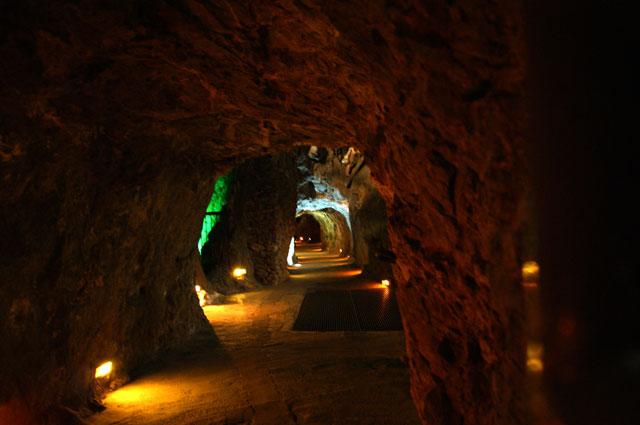 Interior de la mina El Edén