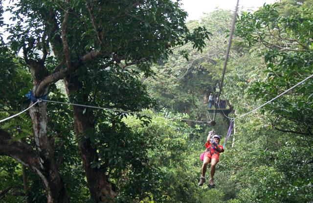 05. Eli en el canopy