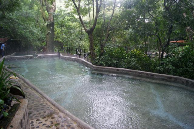 08. Piscina aguas termales