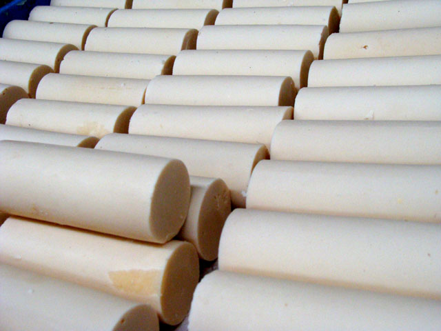18. Jabones con aceite reciclado