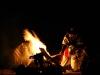 Prendiendo el fuego ceremonial