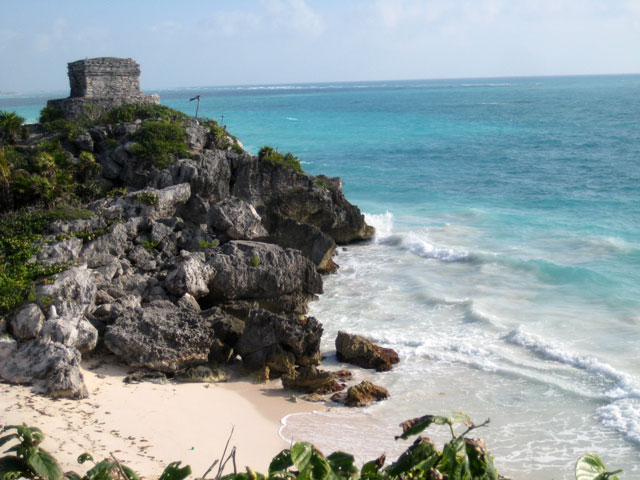 12. Ruinas junto al mar
