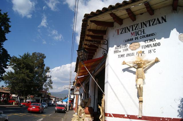 Entrada a Tzintzuntzan